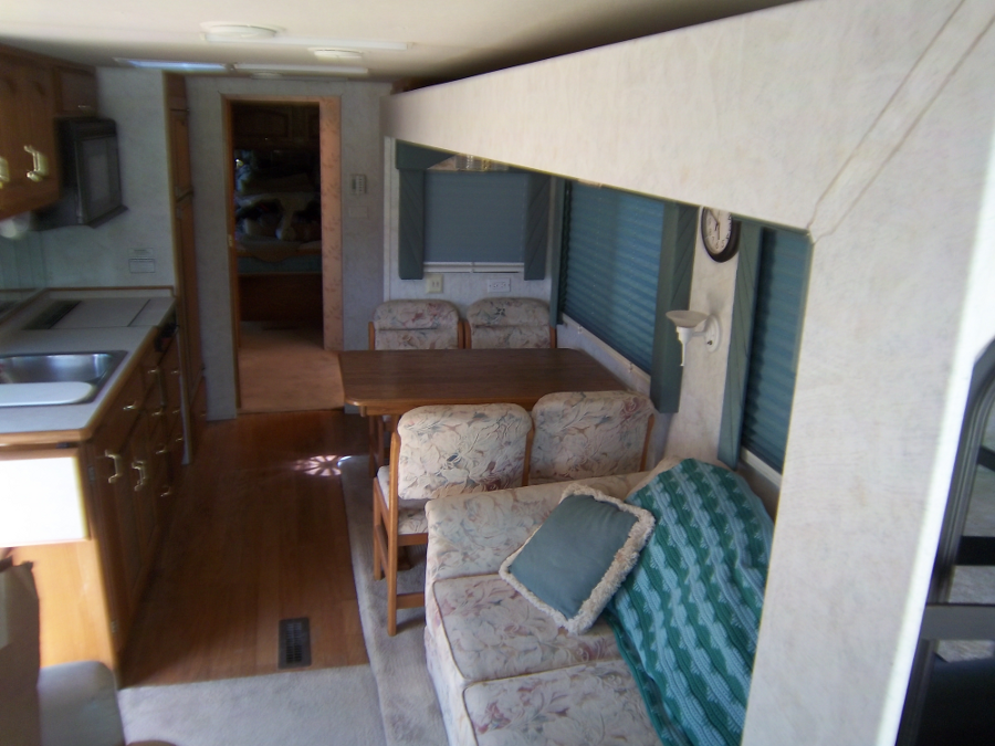 Classic Rides – The Mountain Aire Class A Motorhome let you